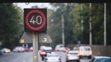 stuttgart: geschwindigkeitsbegrenzung auf vielen straßen