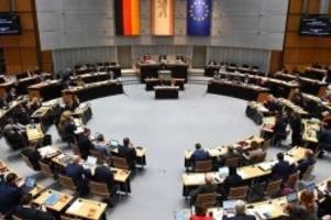 Abgeordnetenhaus: Berliner Abgeordnetenhaus gedenkt der Opfer von Hanau