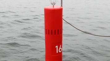 neue schifffahrtszeichen in rostock erfolgreich getestet
