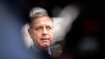 Debatte um Vorsitz - Röttgen: CDU-Sonderparteitag besser noch im Mai