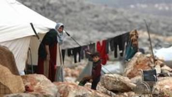 region idlib: flüchtlinge in syrien verzweifeln