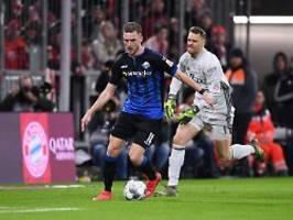 Bayern vergibt zwei Führungen: Lewandowski bügelt Neuer-Patzer aus