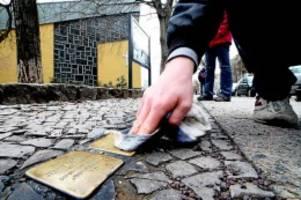 gedenken: 22 stolpersteine werden in friedenau verlegt