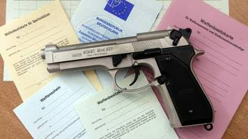 Gewalttat von Hanau: Wer darf in Deutschland eigentlich eine scharfe Schusswaffe tragen?