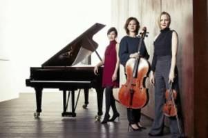 konzertkritik: elbphilharmonie: rustikales konzert stimmt nachdenklich