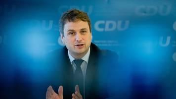 landes-cdu will weg für wahl eines neuen parteichefs ebnen