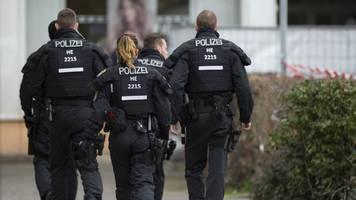 Hanauer Attentäter soll aus Auto 2 Menschen erschossen haben