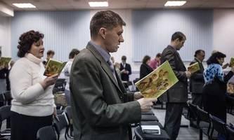repressalien gegen russlands zeugen jehovas [premium]