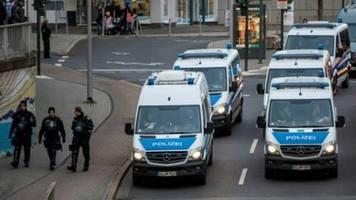 Bericht: Sicherheitsbehörden fürchten mehr Gewalttaten als Reaktion auf Hanau