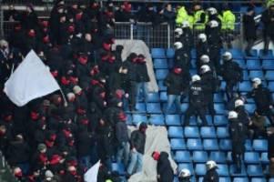 Was vor dem Derby geschah: St-Pauli-Ultras scheitern mit Blocksturm auf HSV-Fans