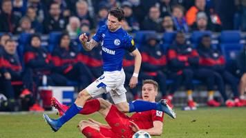 Leipzig bleibt mit 5:0 auf Schalke erster Bayern-Verfolger