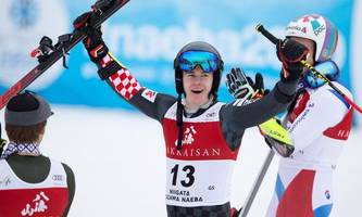 Kroate Zubcic Überraschungssieger im Japan-Riesentorlauf
