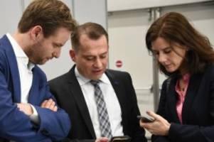 Bürgerschaftswahl: Hamburg-Wahl: Bei Twitter und Facebook gab es nur ein Thema