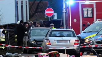 Zweite Festnahme in Volkmarsen: Auto fährt in Nordhessen in Karnevalsumzug - 30 Verletzte