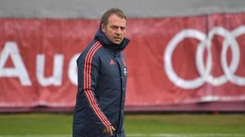 FC Bayern München: Spieler singen vor Champions-League-Spiel gegen Chelsea für Hansi Flick