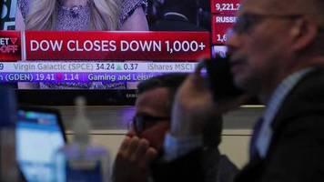 Video: Virus-Furcht: Dow-Jones-Index verliert rund 1000 Punkte