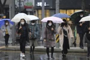 Lage bleibt angespannt: Südkorea meldet weiteren starken Anstieg von Virus-Kranken