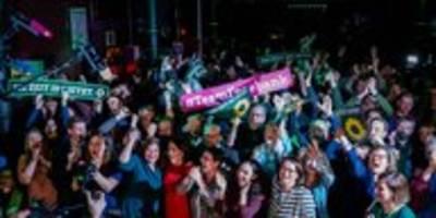 Bürgerschaftswahl in Hamburg: Viel Jubel, mehr Macht