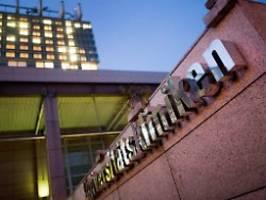 Symptome bei Klinikmitarbeiterin: Neuer Corona-Verdachtsfall in Köln