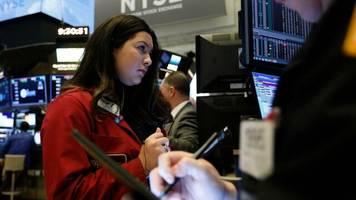 Dow Jones, Nasdaq, S&P 500: Aufatmen an der Wall Street – Corona-Krise hält aber an