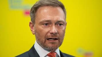 fdp-chef kann sich jamaika-koalition mit laschet vorstellen