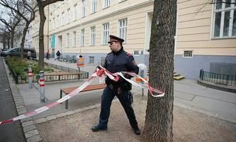 chaos-tag an wiener schule: ministerium zieht konsequenzen [premium]