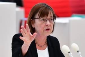 Landtag: Ministerin will sichere Lösung zur Mediziner-Anerkennung