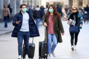 Lungenkrankheit: Wegen Corona: Schulen sagen Italien-Reisen ab