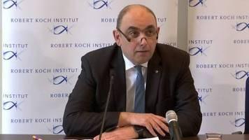 Video: Robert-Koch-Institut: Fälle in 52 Ländern, Gefahr in Deutschland gering bis mäßig