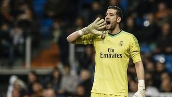 Wegen Rassismus: Leeds-Keeper Casilla für acht Spiele gesperrt