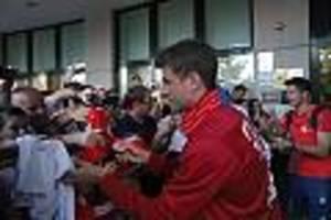 FC Bayern - Wegen Coronavirus: Münchner Spieler geben keine Autogramme und Selfies mehr