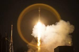 internet: oneweb bringt 34 weitere satelliten mit russischer rakete ins all