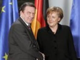 Warum wir über Schröder und Merkel froh sein müssen
