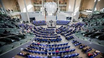 News zum Coronavirus: 156 Milliarden Euro neue Schulden: Bundestag beschließt Nachtragshaushalt