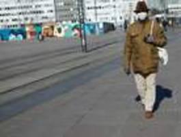 Zweiter Test bei Merkel negativ, Charité nimmt fünf Patienten aus Italien auf