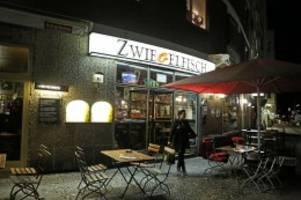 savignyplatz: nach brand in kultkneipe - karrenbauer eröffnet spendenkonto