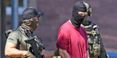 mordfall walter lübcke: anklage auch für messerangriff