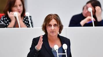 abiturprüfungen: ministerin für termin nach ostern