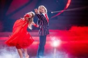 tanzshow: john kelly steigt freiwillig bei let's dance aus