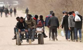migranten verließen türkisch-griechischen grenzraum