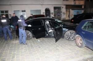 polizei und feuerwehr: blaulicht-blog: autofahrer flüchtet vor der polizei