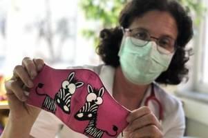 Coronavirus: Augsburger Helfer nähen Schutzmasken für Kliniken