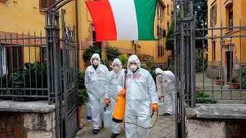 «Gehen in richtige Richtung»: Zahl der Corona-Neuinfektionen in Italien stabilisiert sich