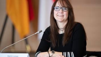 Finanzministerin: 1, 9 Milliarden Euro gegen Corona-Krise