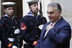 Umstrittenes Corona-Notstandsgesetz in Ungarn verabschiedet