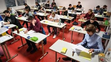 Prüfung verschoben: Hamburgs Abiturienten erhalten mehr Zeit
