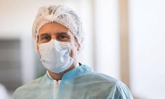 Masken, Beatmung, Medikamente: Macron will Frankreich autark machen