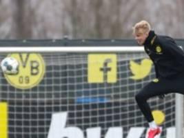 Fußball: Bundesliga in der Warteschleife