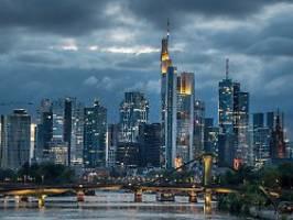 Bank löst Bank ab: Eintracht Frankfurt hat neuen Hauptsponsor