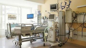 belgien: 90-jährige covid-19-patientin lehnt beatmungsgerät ab: gebt es den jüngeren